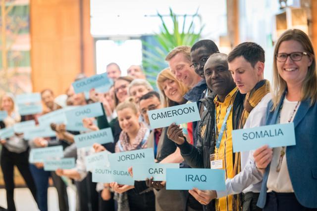Des responsables des programmes nationaux du Département d'entraide mondiale de la FLM rencontrent leurs collègues du Bureau de la Communion à Genève, en mai 2019. Photo : FLM/Albin Hillert